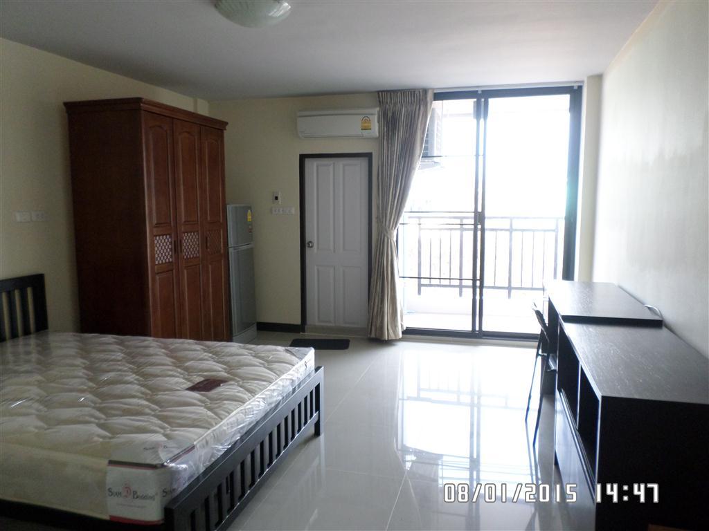 ห้องเช่าในอมตะซิตี้ ห้องพักในอมตะซิตี้ Am View Apartment